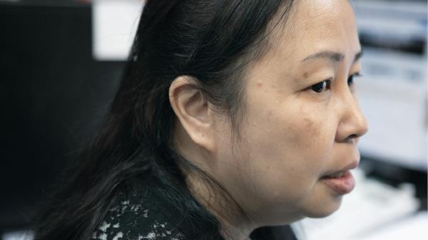 時每刻都感覺痛,Ling只好讓痛成為身體揮之不去的一部分才能繼續生活。