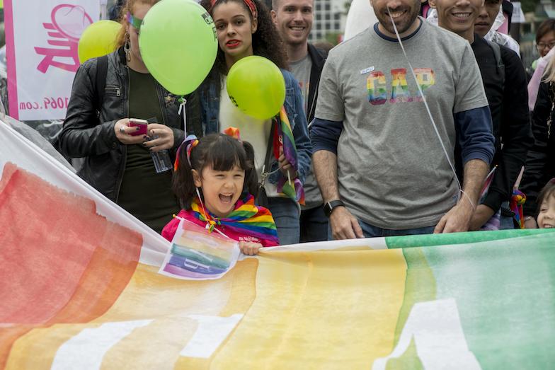 近年有不少同志友善家庭帶同子女出席同志活動,以行動支持平權。