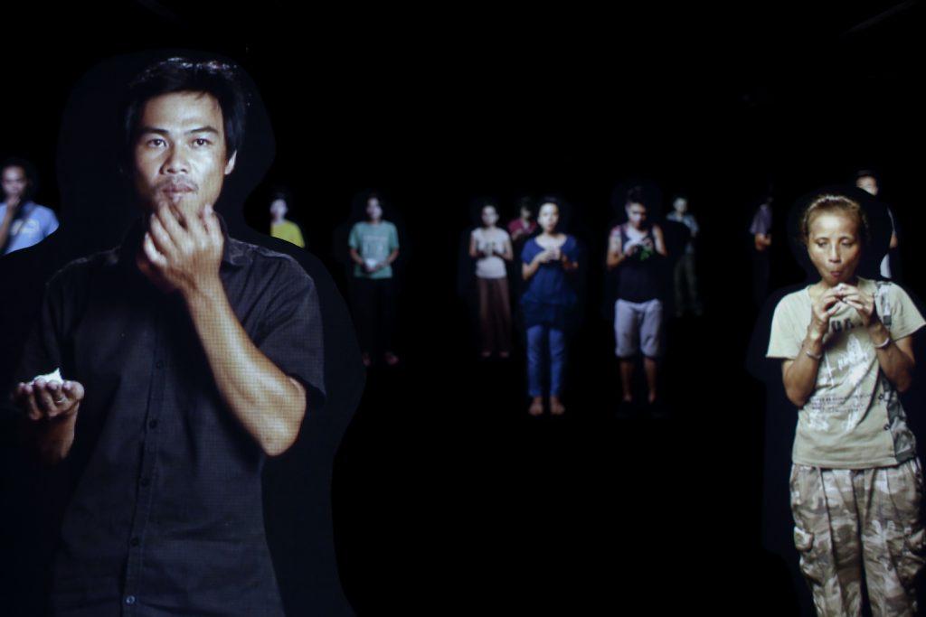 關於越南政治審查的《UNSUBTITLED》在新加坡展出,同時呼應兩地的語境。