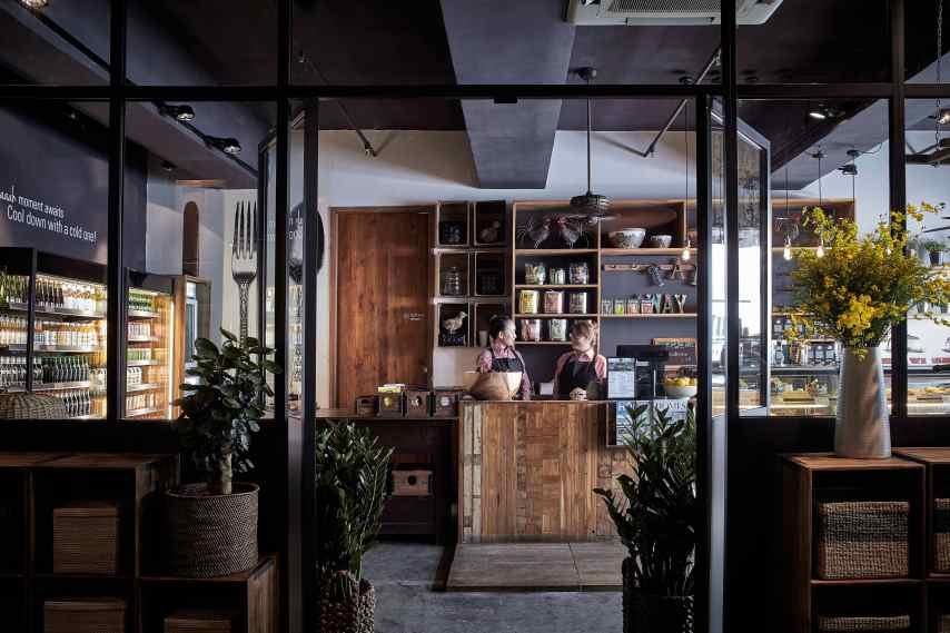 傢俬店的盡頭還特意開了間Café ,提供輕食外賣,讓客人逛街逛累之後,可以休息一下。