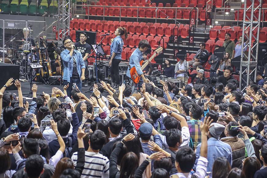 《呢度》這個音樂會,是RubberBand獨立後首個大型音樂會。