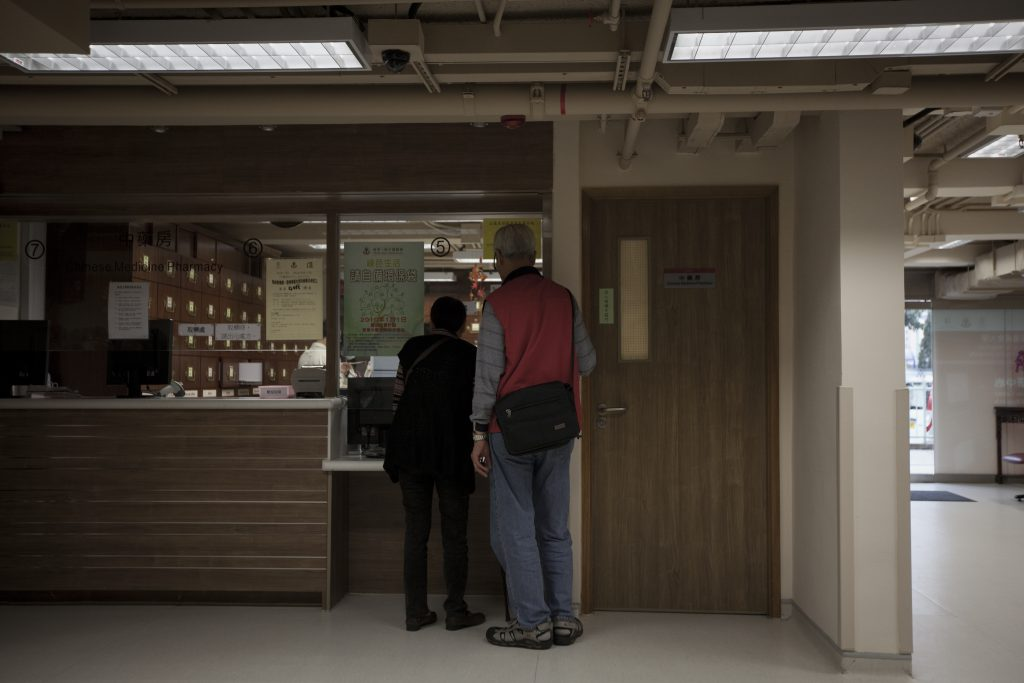 在公立醫院,抗生素監管相對嚴謹。