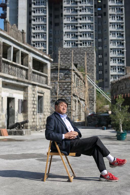 袁哲之表示有不少政商名人曾開價收購大宅,他依然堅持不賣。