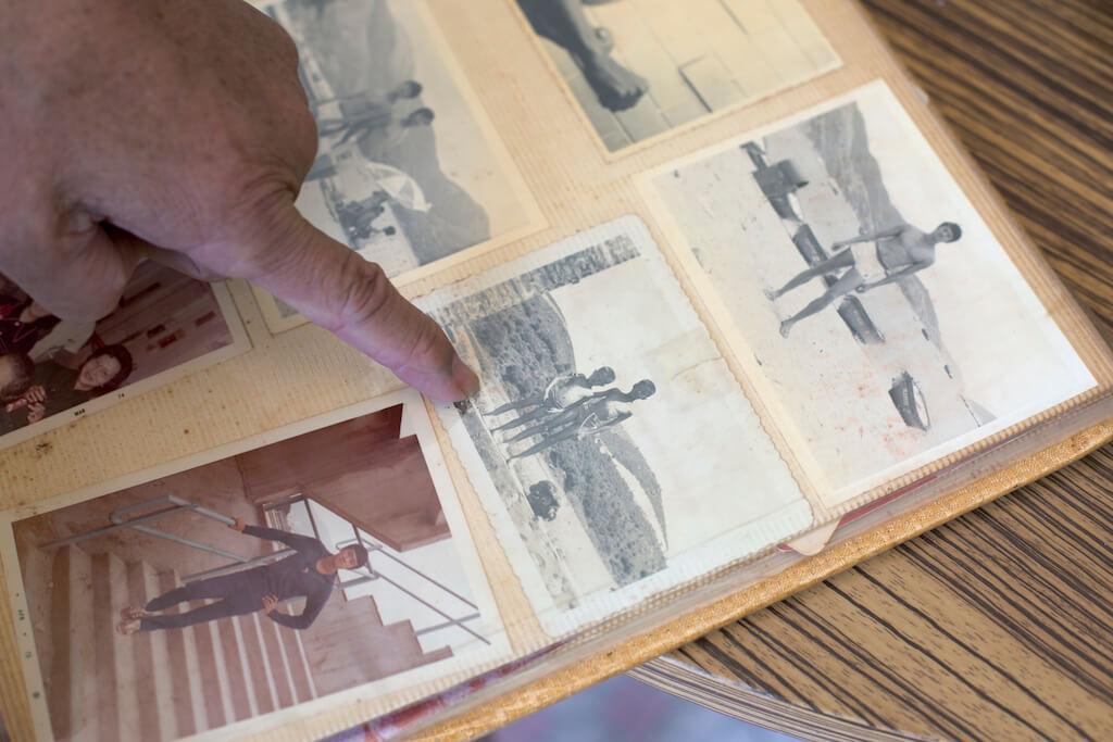 袁哲之年輕時是運動健將,有模特兒的身材。