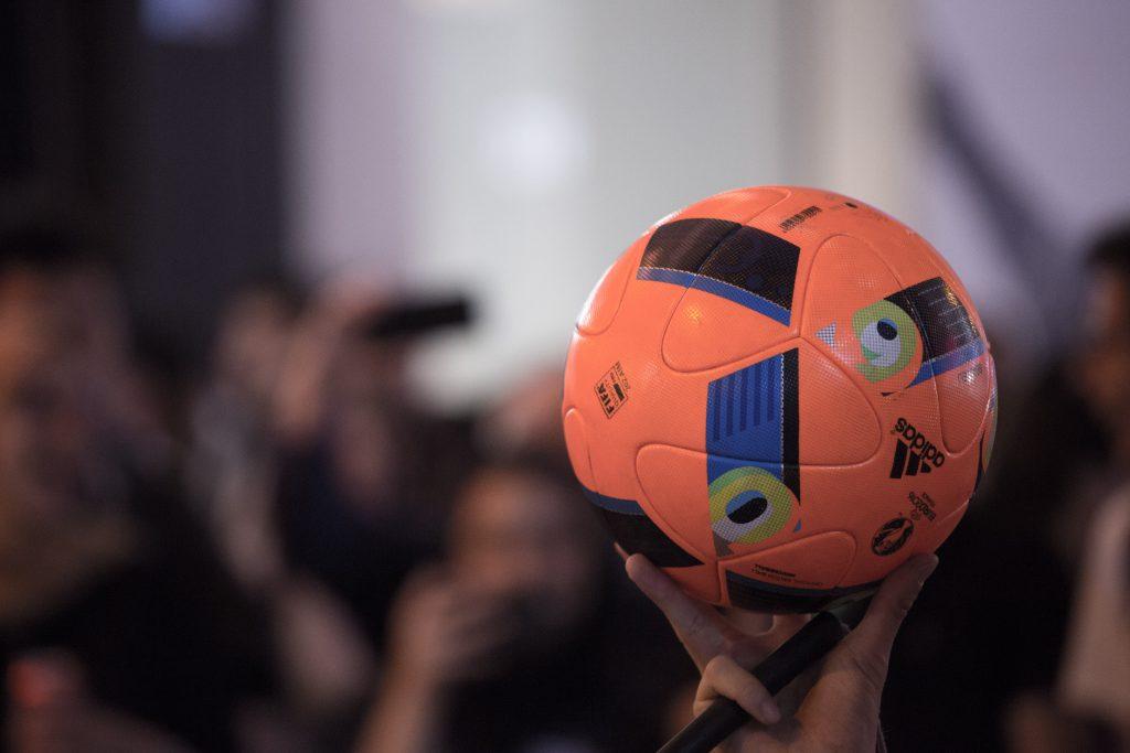 「活出100% 的花式足球生活,這是我人生的決定。看到足球,我就感受到我生命的連結。」