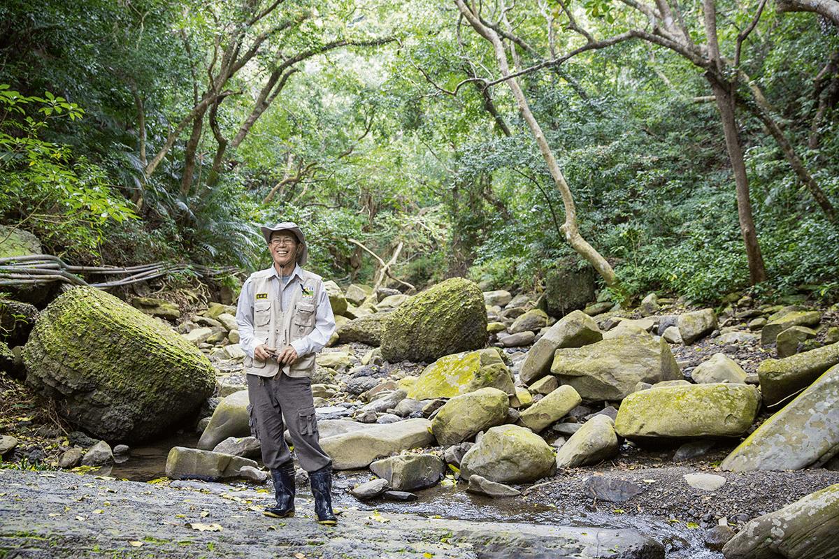 潘武璋走入大自然成為專業生態解說員,長期義務巡守護溪。
