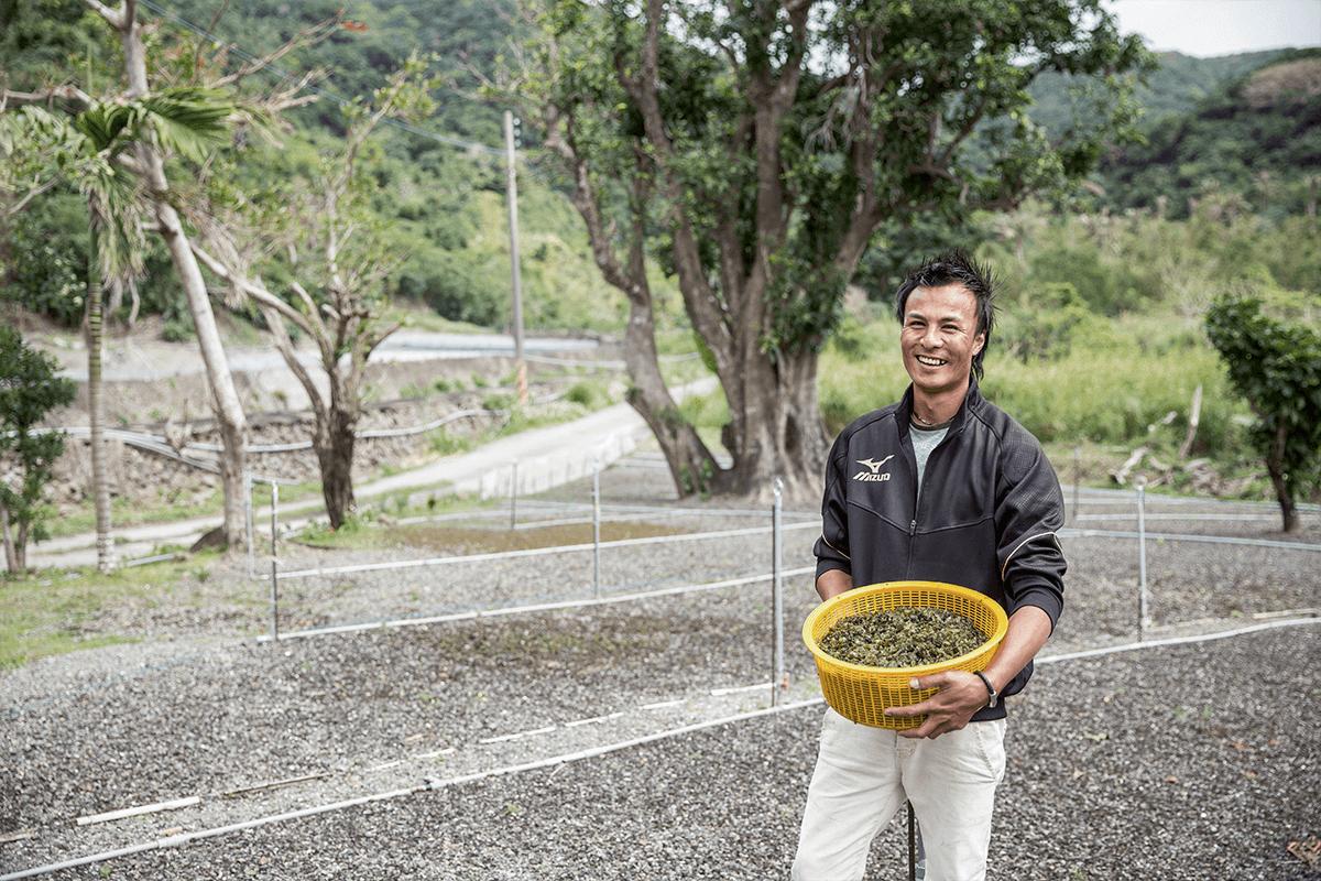 李瑞良青年深愛故鄉,返鄉發展種菇,但愛惜溪水不要大面積灌溉。