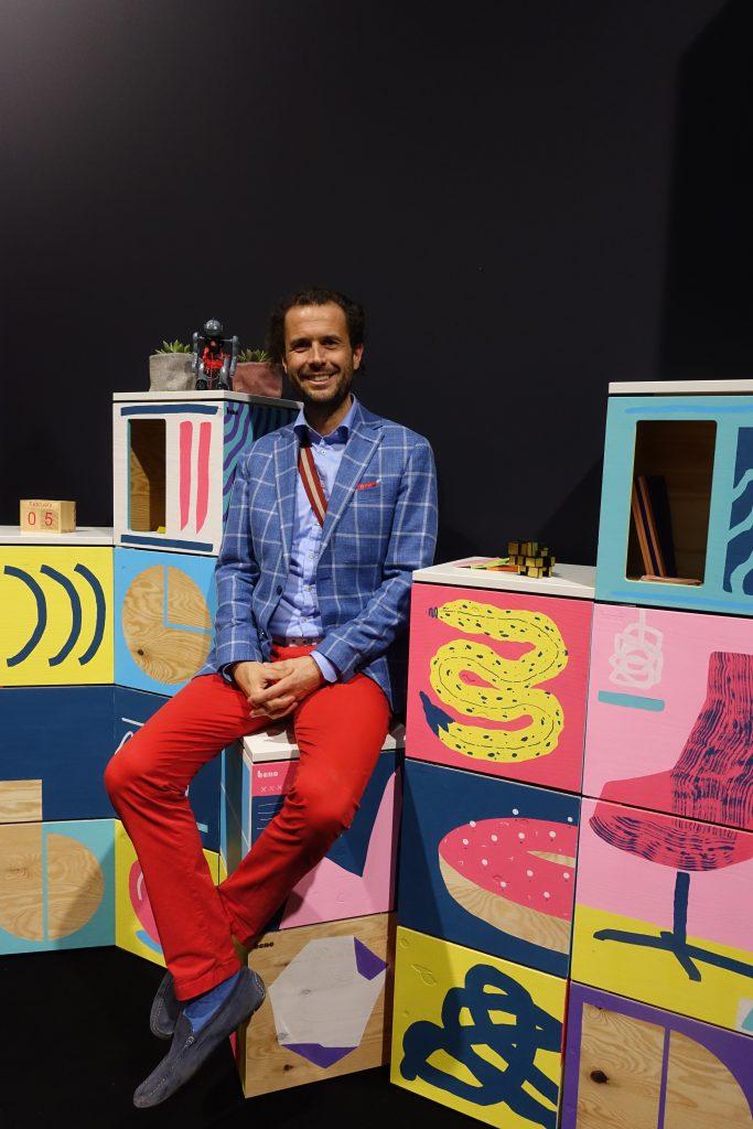 Juergen Loeschenkohl直言傳統辦公室傢俬品牌也需要發展更彈性的模組化家具。