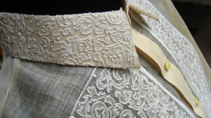 這就是Carmen提及以菠蘿葉纖維製作而成的菲律賓傳統襯衫Barong。