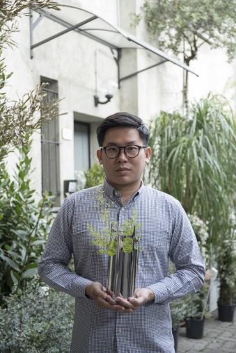 年僅二十七歲的Felix Sidhart認為印尼設計是繽粉多元的。
