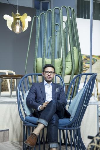 印尼傢俬設計師兼策展人Alvin Tjitrowirjo愛用印尼本土天然藤製作傢俱。