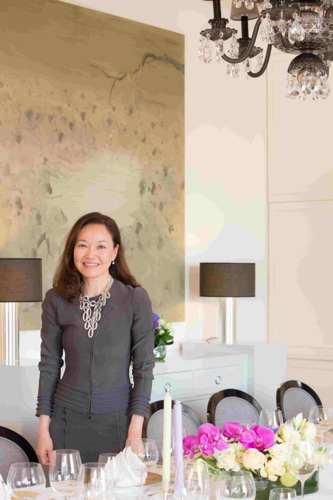 香港土生土長的Wendy Siu,對法式禮儀素有研究,是這領域的專家。