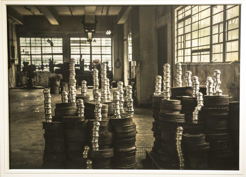 萬籟俱寂的舊廠房,物與物之間似乎仍在無聲的對話。