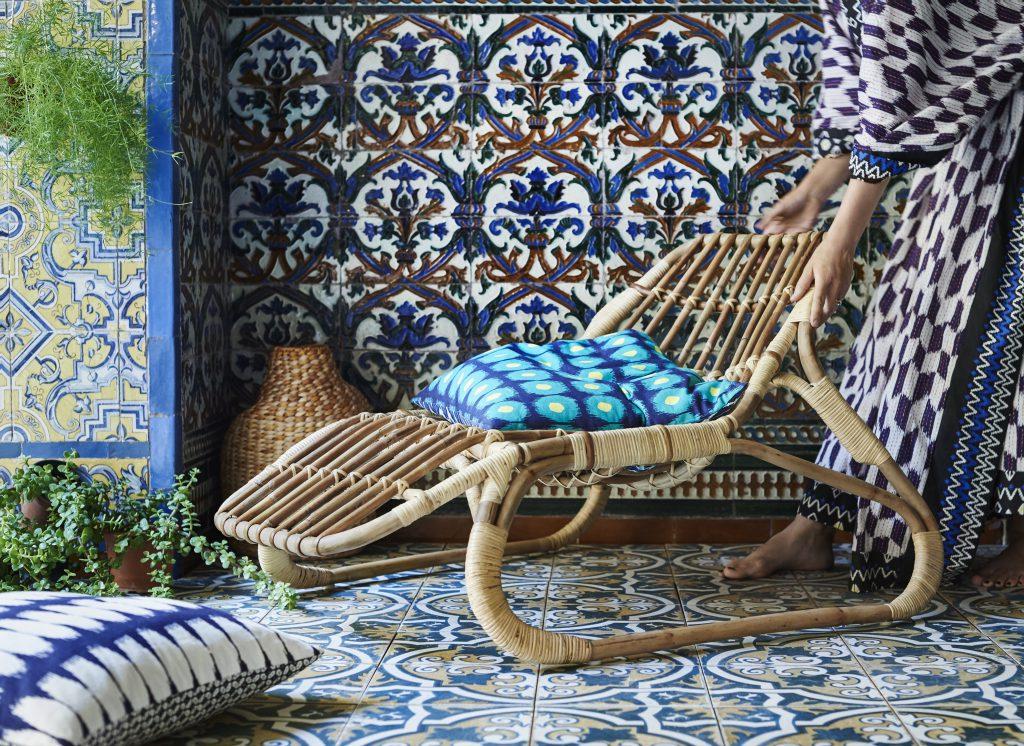 籐製躺椅由天然材料人手製成,質地輕巧,且堅固耐用。