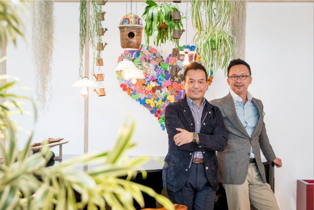 建築師顏學添(左)與室內設計師伍仲匡是設計界最佳拍檔,力證香港設計毫不遜於外國。