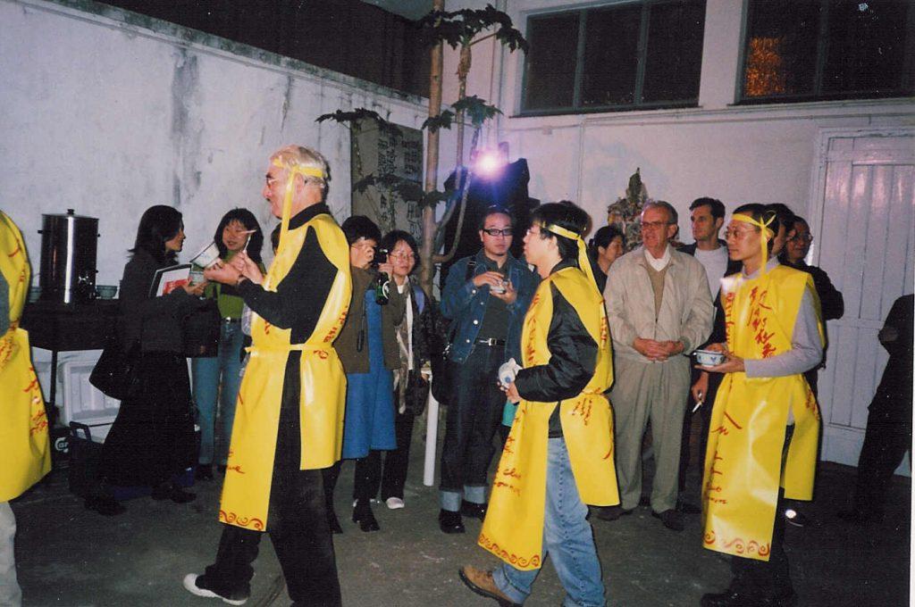 2014年在「油街實現」舉辦的《假如(在一起)》,其中一部分是重訪「死在香港」