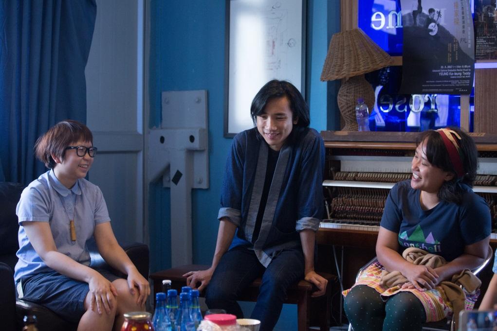 (左起)Zoie Yung、何兆南與勞麗麗各自於工作室的剩餘空間作小型釀酒工場