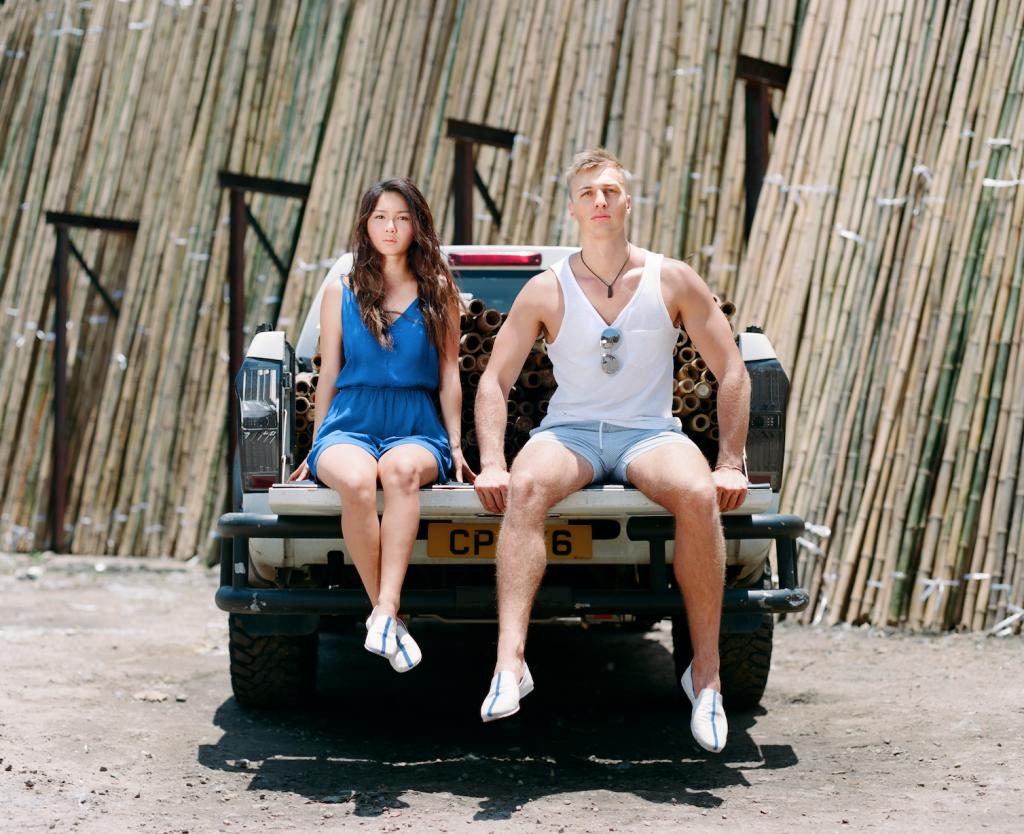 第一輯造型照也攝於竹棚公司。