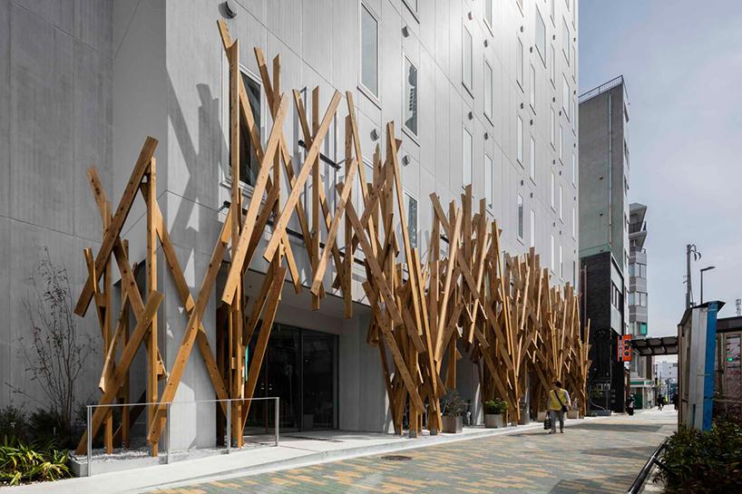 kengo-kuma-one-tokyo-hotel-japan-designboom-02