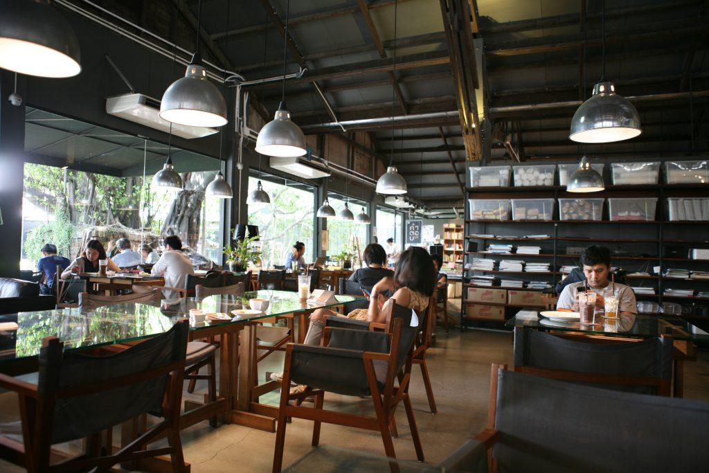 舊貨櫃翻新而成的複合空間The Jam Factory,成為當地青年的新興蒲點。