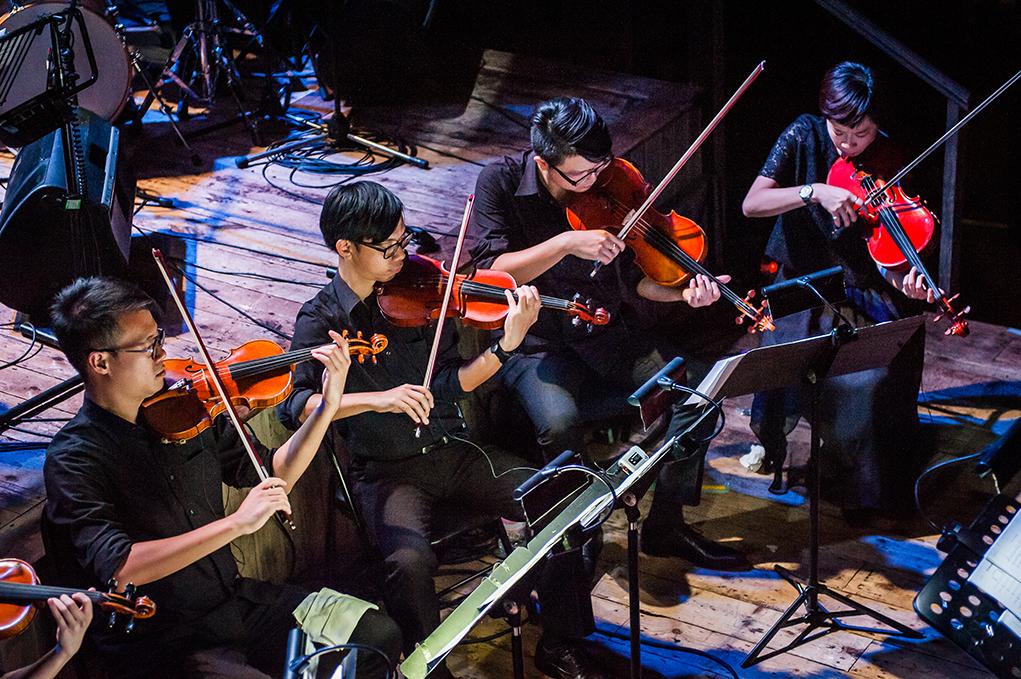 此次演出,還有來自Hong Kong Contemporary Music Group的十一名室樂樂手參與。