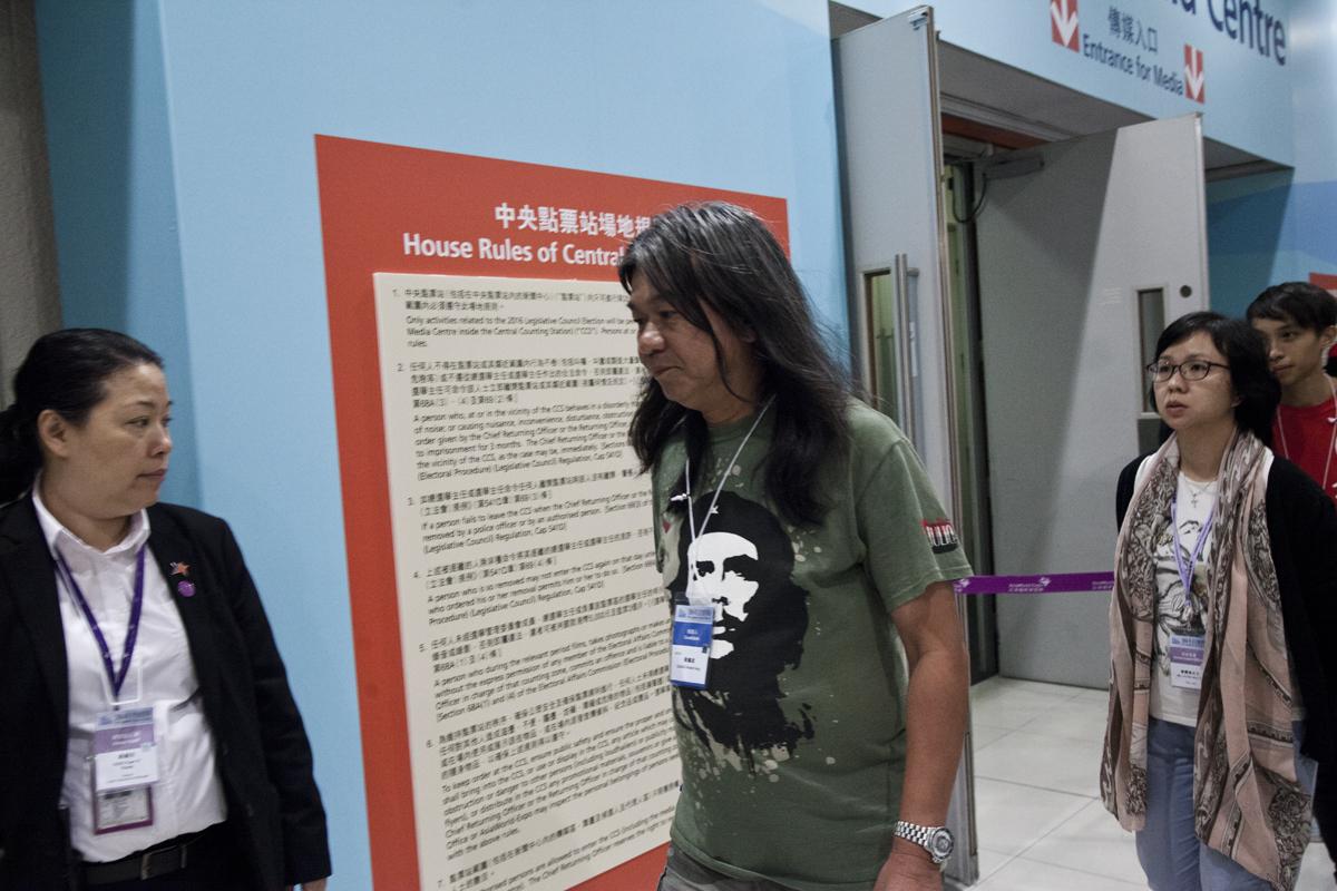 去年長毛在新東取最後一席,在會場陳皓恒緊隨其後。