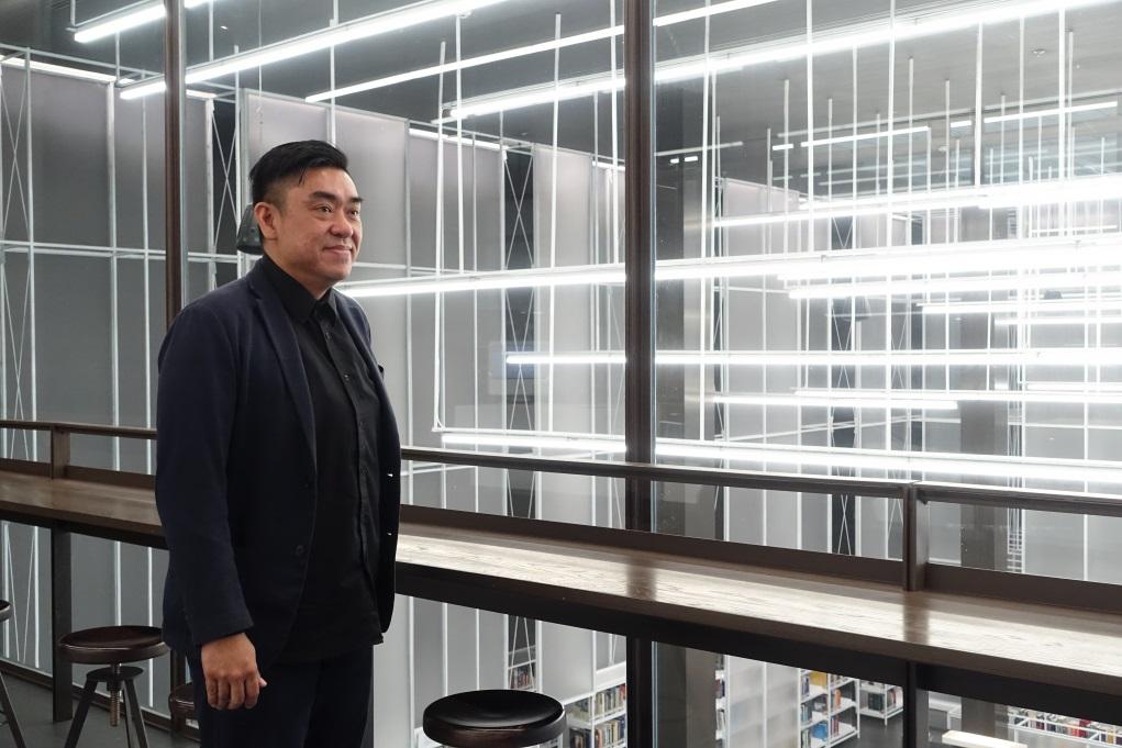 讀建築及城市規劃出身的營運總監Kittiratana Pitipanich,認為要鼓勵創意工業,必須令街坊同樣享受創作。