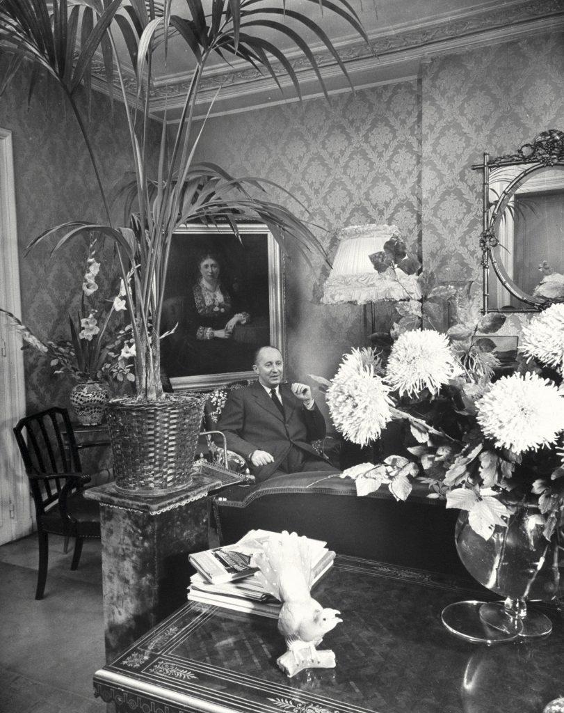 Christian Dior喜歡十八世紀的華麗風格,從他的居所中可見一斑。