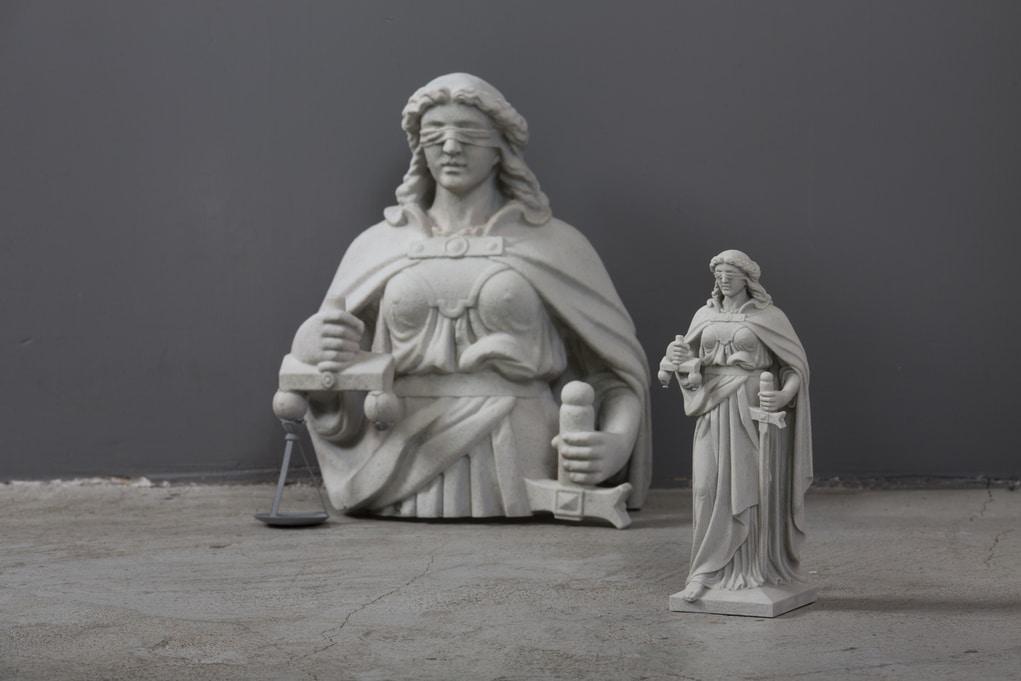 運用影像還原立體圖像技術,把終審法院正義女神像打印,連材料質感也看得一清二楚。