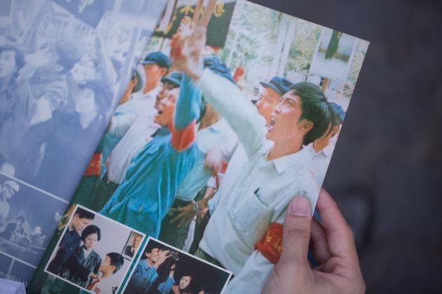 唐書璇作品《再見中國》偷運共產黨服飾到台灣開拍,一度被列為禁片。
