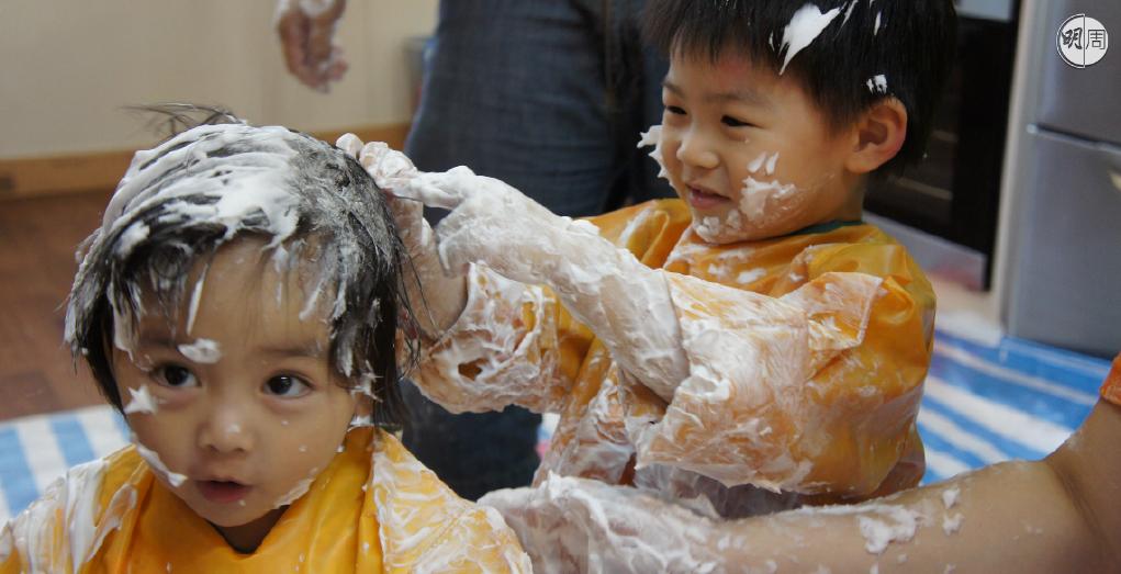 智樂兒童遊樂協會設有「遊戲萬象館」,會定期舉辦不同活動,圖中為Messy Play花絮。