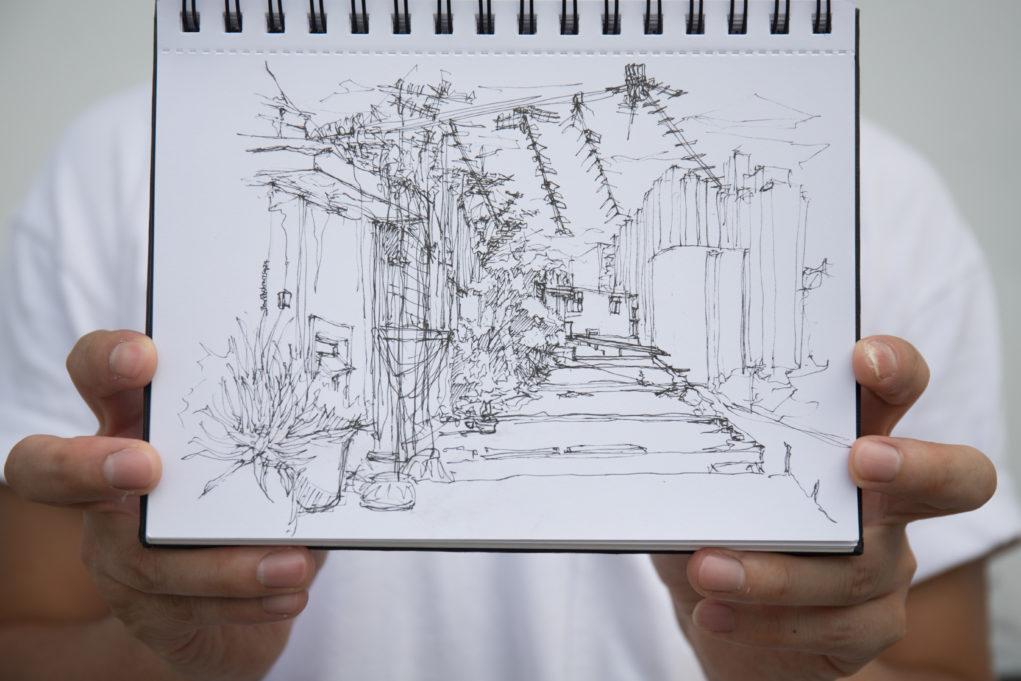 訪問當日筆者跟著彭啤到土瓜灣道29號天台寫生,不消四十五分鐘就完成。