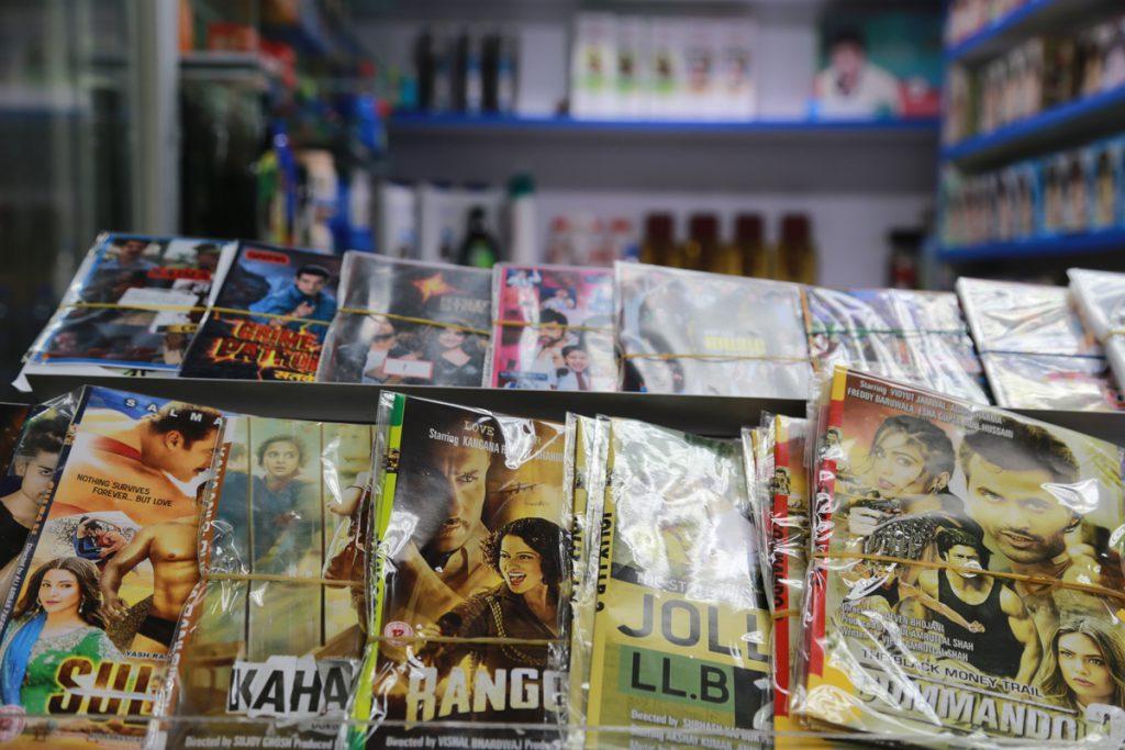在Rai先生的店內,可以找到尼泊爾最新的雜誌書刊。