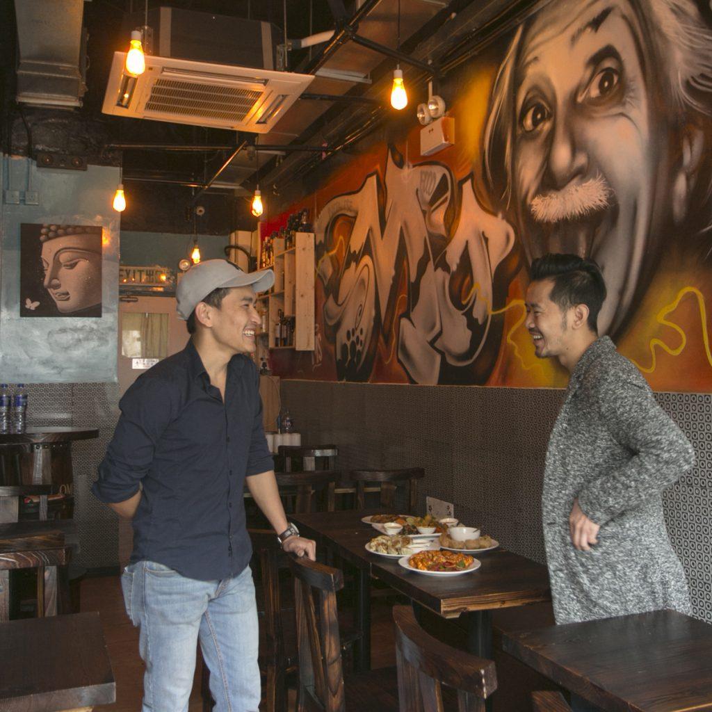 Yubi(左)和Roy(右)拍住上,親力親為,誓要創一番事業。