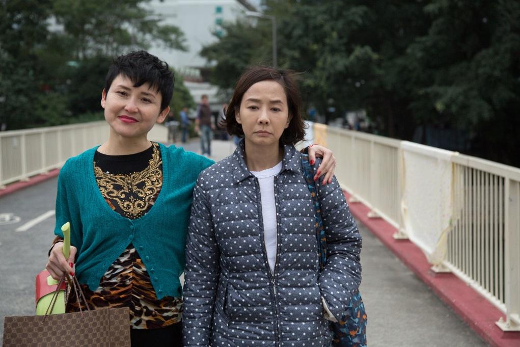 中年主婦要照顧自閉加輕度弱智的兒子,《黃金花》講出香港基層社區的溫馨故事。