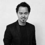 張軻1993年畢業於清華大學,後來於哈佛大學取得建築碩士,2001年創辦標準營造建築事務所,是中國當代最重要的建築師之一。