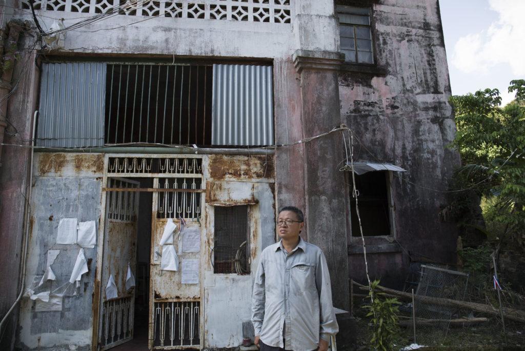長春社高級公共事務經理李少文認為百年紅樓絕對有資格成為「法定古蹟」,惜古蹟辦始終低估其歷史意義。