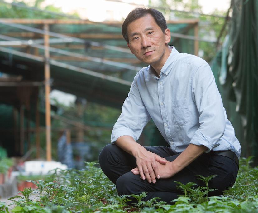 姚松炎在置富花園實踐四零方案,首年為屋苑節省一百萬元電費。