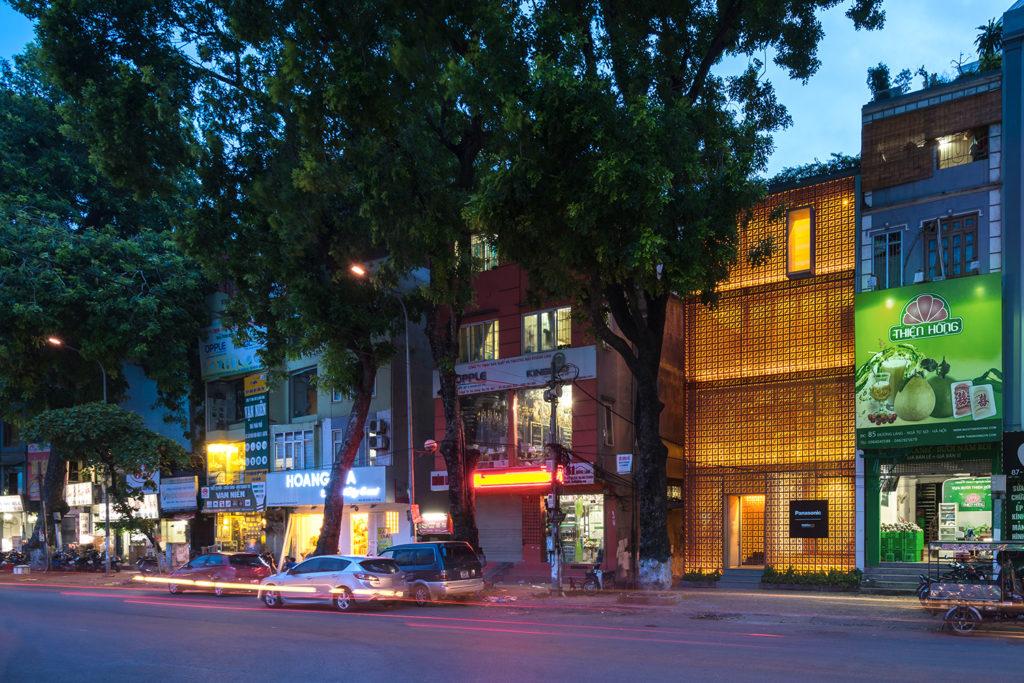 Vo Trong Nghia位處河內的新作The Lantern,展現了越南傳統建築的特色。