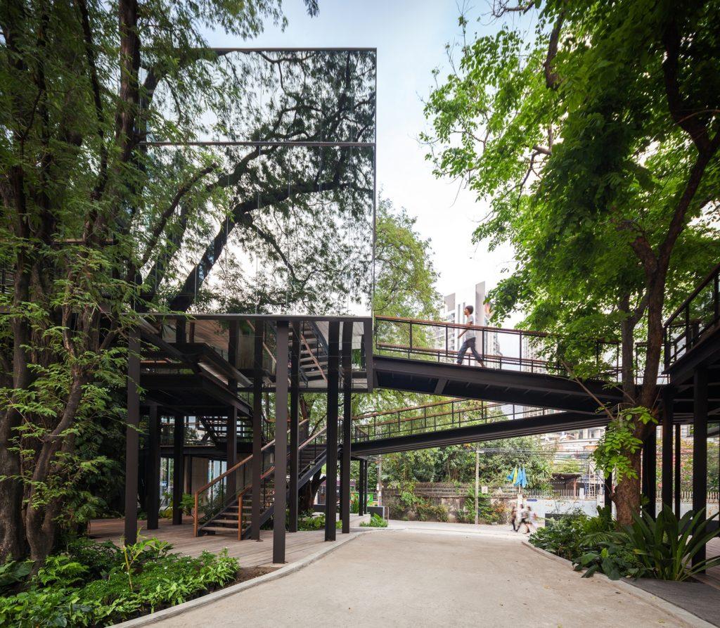 Stu/D/O Architects的作品Naiipa Art Complex,Naiipa泰語意思即「在森林之中」。