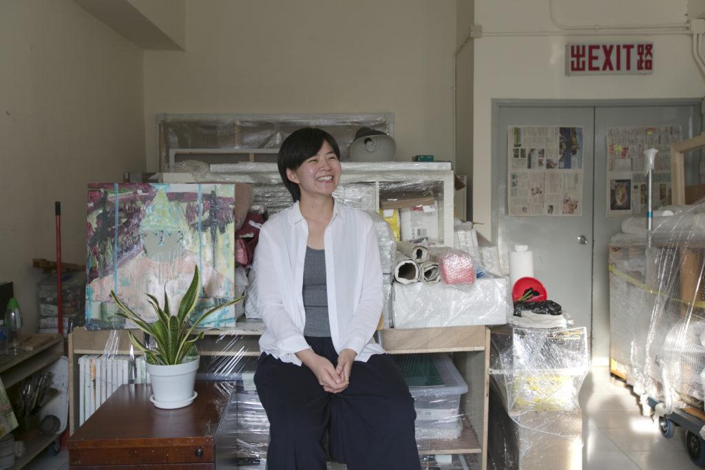 鄭婷婷在新的工作室