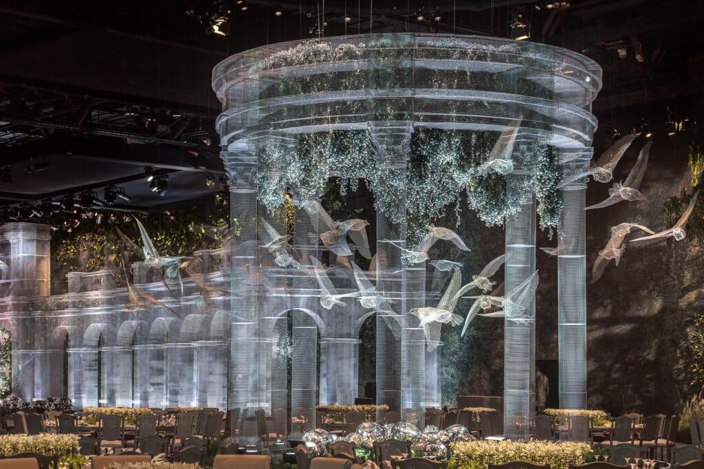 為阿聯酋王室活動建構美輪美奐的庭園,活動結束後,部分作品將於當地大學、公園和博物館中重新安裝。