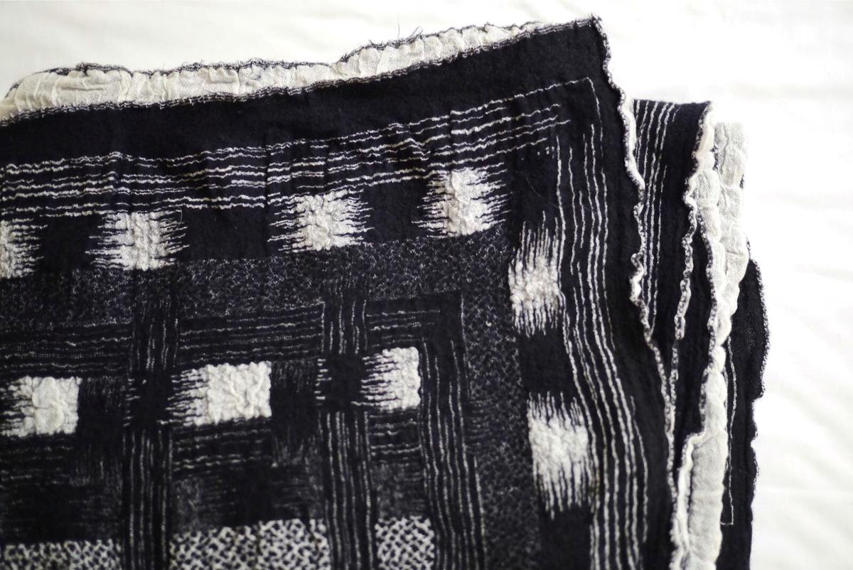 新井淳一在布料上的創新,間接帶動了一代日本的時裝設計發展。