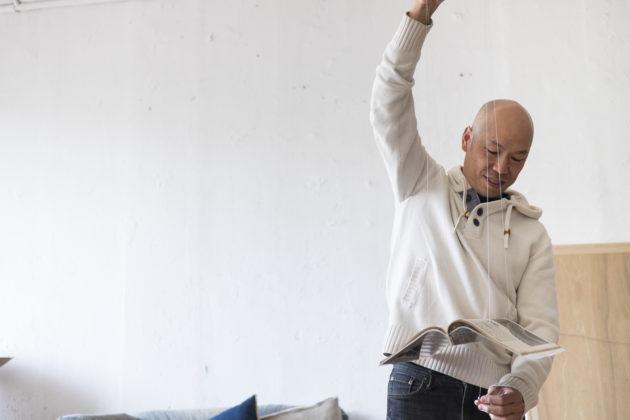 藝術家梁志和認為歷史是沉默的,他卻愛找尋被遺忘、誤讀了的碎片,拼起來,為大歷史補白。