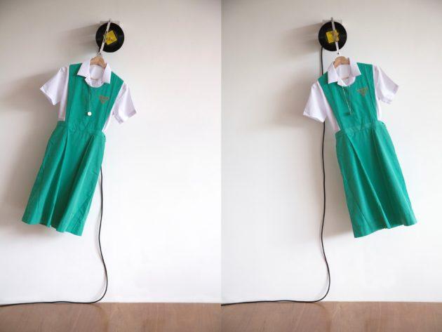 作品《香港女伯爵》由一條女校服裙和黑膠唱片組成,歌曲的發行與暴動被判監的女同學本來風馬牛不相及,藝術家梁志和發現兩件事竟發生於同一年。
