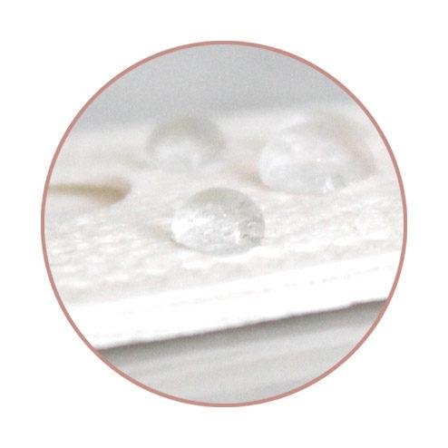 驗孕紙保證有足夠的耐水能力,讓測試結果能準確顯示,而準確度更達99%。