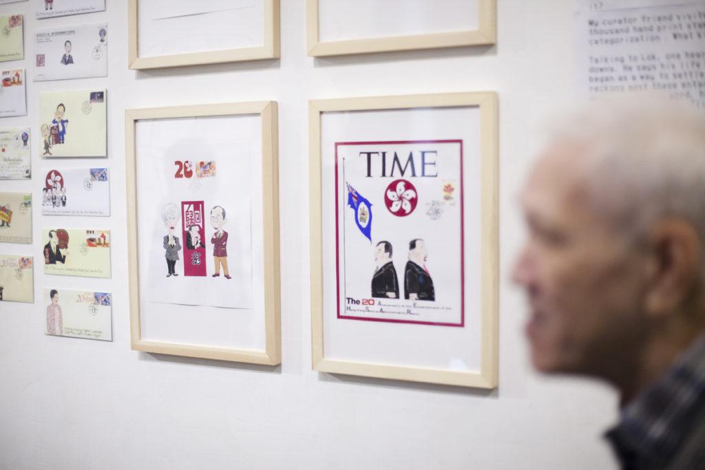 駱家驄有不少作品與政治有關,他說只是參考報章雜誌,並不是自己創作。