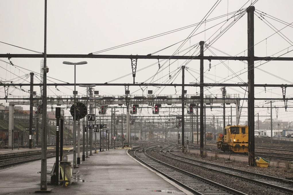 從煩囂的巴黎乘四小時火車到達Saint Junien小鎮,當天灑着微雨,零度下在鎮內游走,內心卻有點豁然開朗。