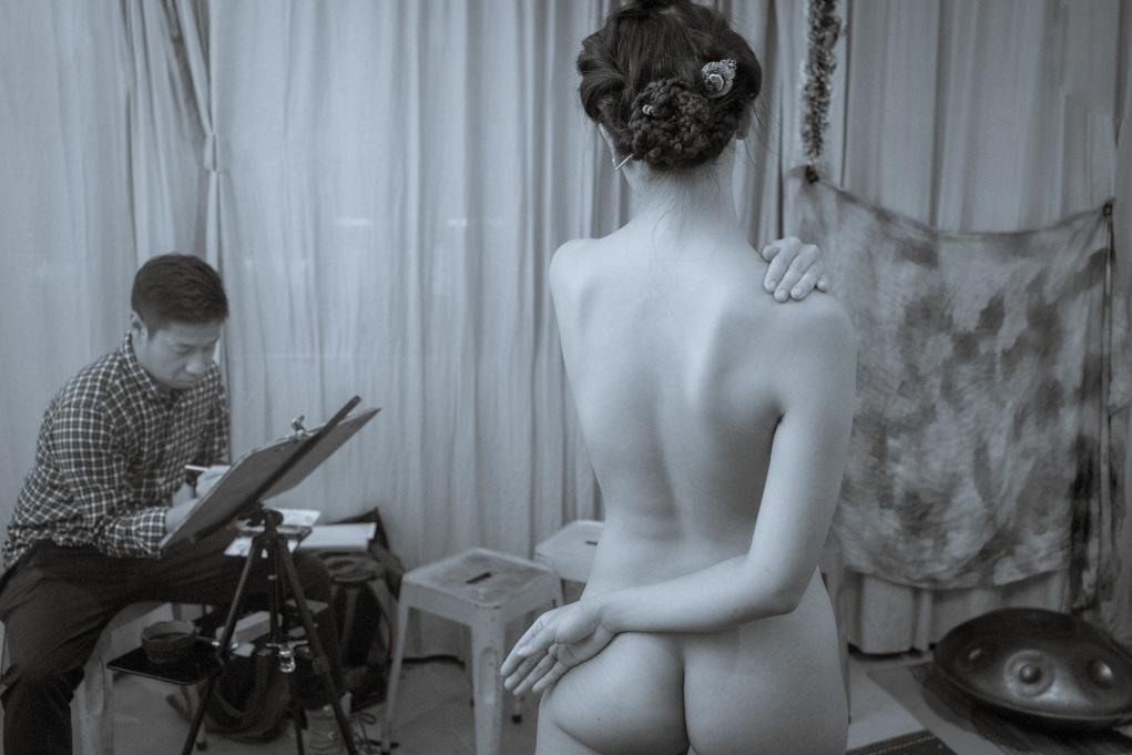 彭靖修讀視覺藝術時已對人體模特兒的工作很好奇,回想初次被畫也沒一點猶豫。