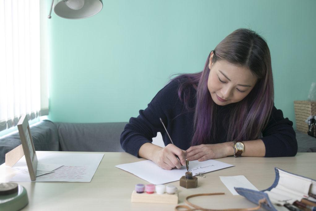 寫書法講求耐性,原來找合適紙材也一樣。